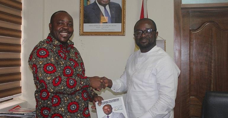 Sports Minister Hon. Asiamah commends and rallies support for GFA President Kurt Okraku