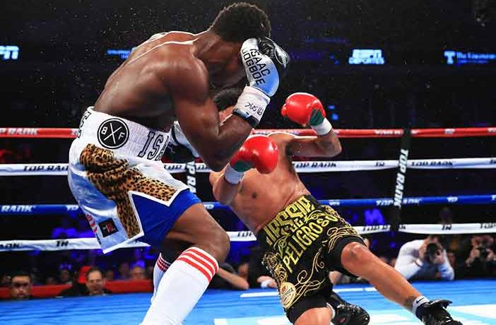 Isaac-Dogboe-vs-jessie-magdaleno-702x460
