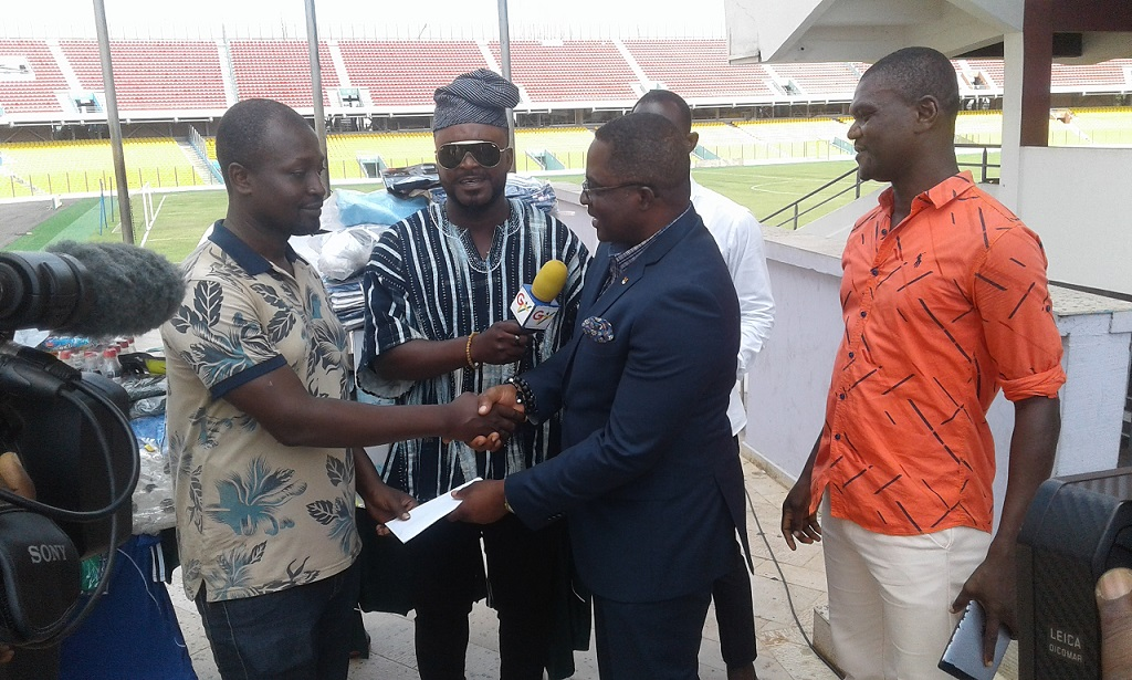 Alhaji Yartey Donates To Ghana Blind Sports Association